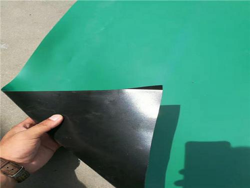 复合成的土工材料膜的耐静水压测定