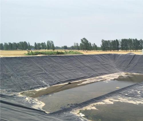 施工复合土工膜铺设完工后的检测仪器