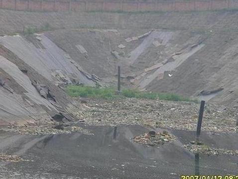 土工膜应用在藕池防渗和鱼塘防渗是应该怎么选