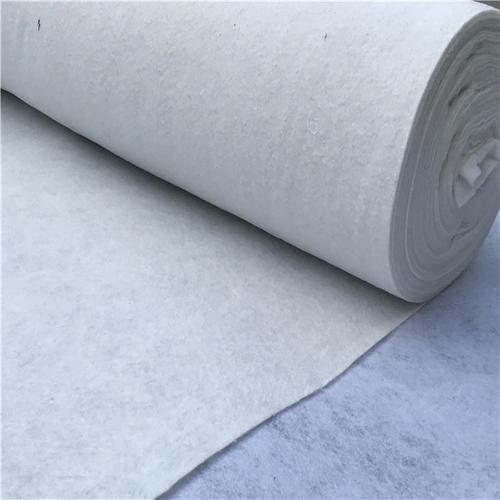 防水毯体积小重量轻得到广泛使用