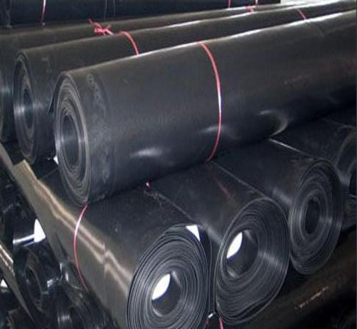 环保用高密度聚乙烯土工膜的特点