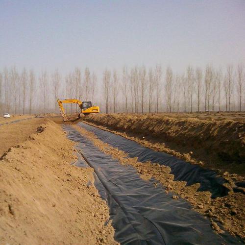 复合土工膜厂家告诉你土工合成材料在矿业中的应用