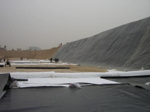 HDPE土工膜施工时对气温和风力的要求