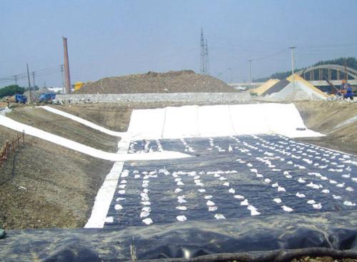 HDPE土工膜特殊部位的焊接方法