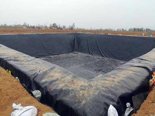 如何延长垃圾填埋场中防渗膜土工膜的使用寿命
